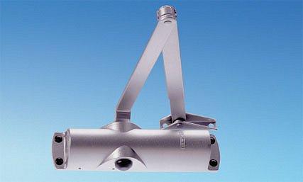 Dveřní samozavírač GEZE TS1000 C